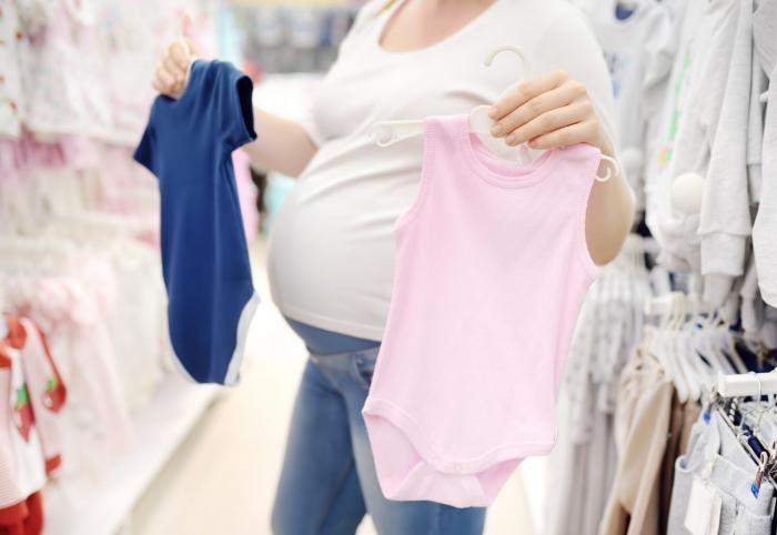 Oblékat dítě do značkových věcí, nebo ne?