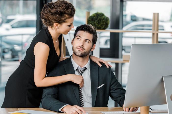 Ne všude je radno flirtovat.