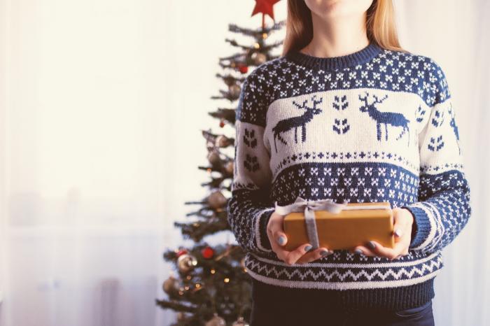 Vánoce můžeš strávit s rodiči. Věříme, že budou určitě rádi, že jsi s nimi.