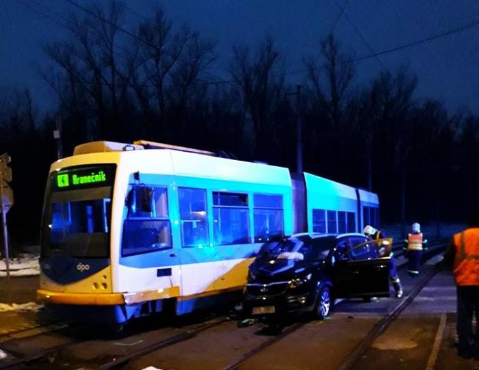 V Ostravě už mají pořádně moderní tramvaje. Ha!