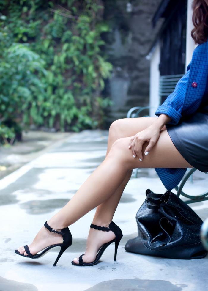 jaké boty si vzít k černé kabelce?