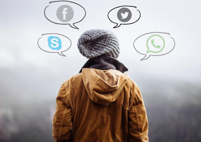 Komunikovat nikdy nebylo snazší, ale osobně mluvit s někým dalším je teď těžší.