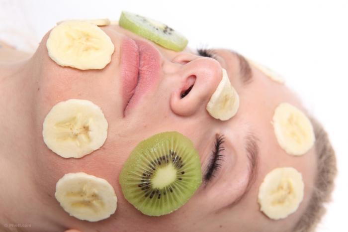 Banán je kouzelné ovoce, které svědčí i pleti.