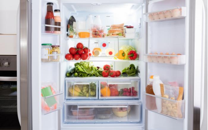 Americká lednice nabízí víc prostoru.