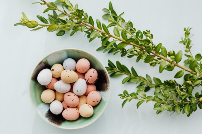 Velikonoce jsou svátky plné dobrot, ale i podivných zvyků.