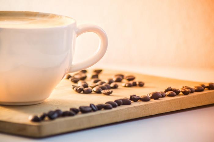 Rozdíl v těchto dvou druzích káv je nejen v chuti, ale i ve vzhledu zrnek.