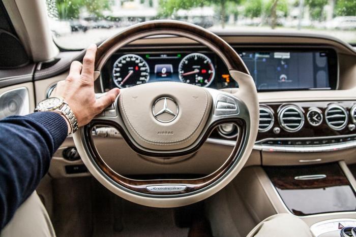 Muž by měl mít vlastní auto.