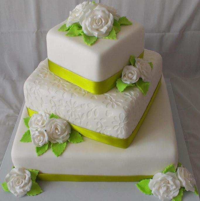 U svatby je dort povinností!