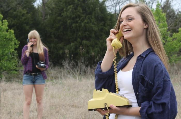 Strach z telefonování je druh sociální fóbie.